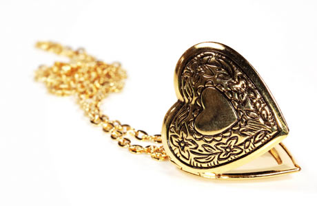 Gold-Heart-Shaped-Locket460x300